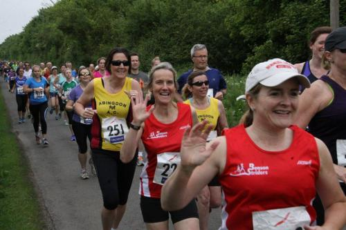 chiltern chase 2016 striders tops photo courtesy barry conelius