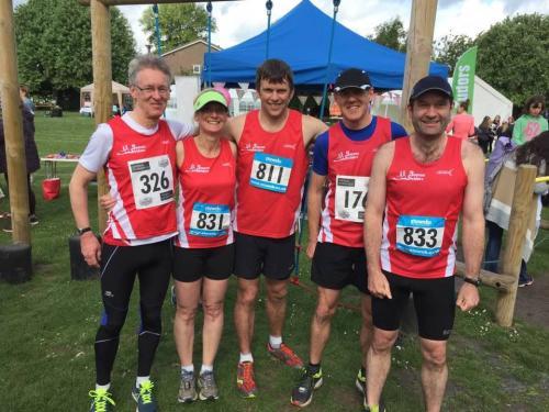 2017-wallingford-thames-run-group-photo orig